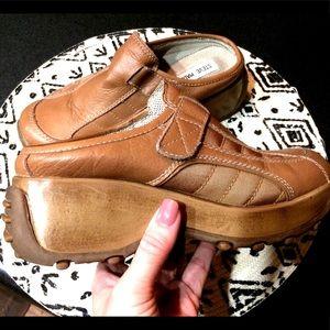 Steve Madden Shoes - Vintage Steve Madden chunky platform mule oxford 7